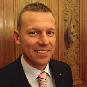 Oliver Kilchherr / Editor